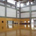 【第二体育館】 第一体育館よりも小さく ダンスの授業などにも使えるように 天井が高くなっています