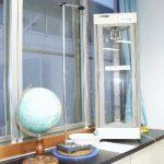 【物理実験室】 物理の授業を行います 地球が自転していることを示すふりこなど 興味深い道具がたくさん揃っています